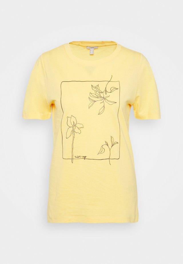 HIGH - T-shirt z nadrukiem - sunflower yellow