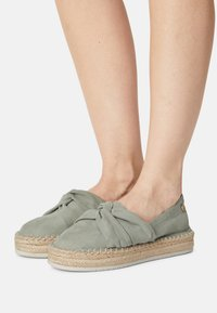 s.Oliver - Loafers - soft green - 0