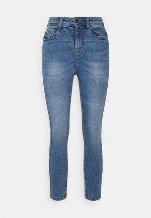 NMAGNES SUPER SKINNY - Jeansy Skinny Fit - light blue denim