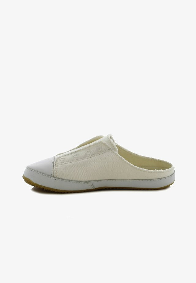 Pantoffels - weiß