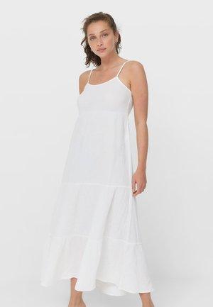 MIT RAFFUNGEN UND CUT-OUTS - Maxi dress - white
