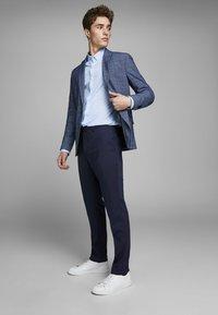 Jack & Jones PREMIUM - Suit trousers - dark navy - 3