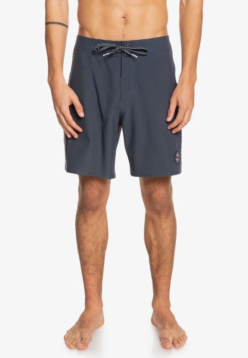 Quiksilver - Shorts - blue