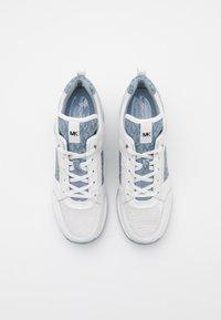 MICHAEL Michael Kors - GEORGIE TRAINER - Trainers - optic white/pale blue - 4
