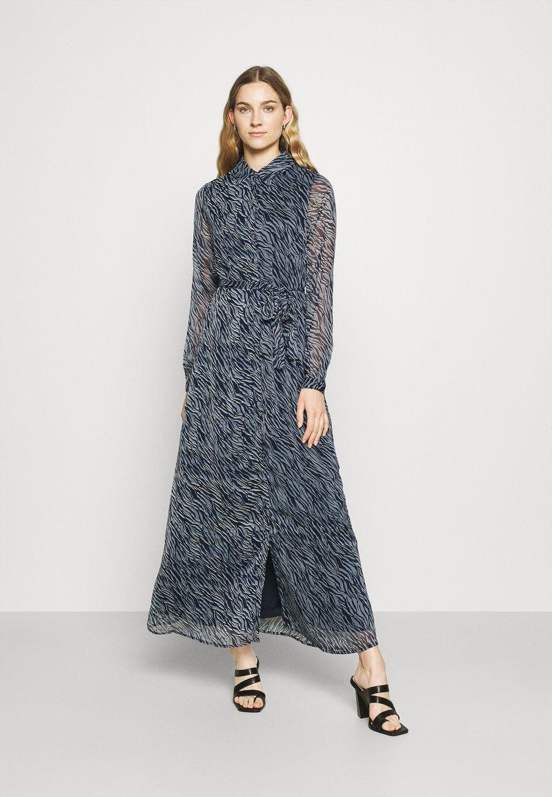 Vero Moda Tall - VMRYLEE MALLY SHIRT DRESS  - Maxi dress - flint stone