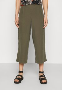 ONLY - ONLCARISA MAGO LIFE CULOTTE PANT  - Trousers - grape leaf - 0