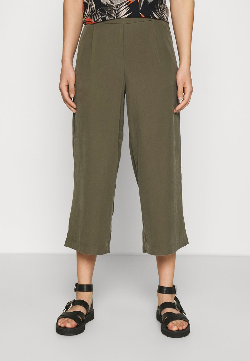 ONLY - ONLCARISA MAGO LIFE CULOTTE PANT  - Trousers - grape leaf