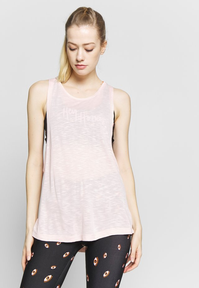 TANK BREATHE EASY BLUSH - Linne - pink