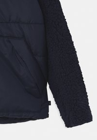 GAP - BOY 2-IN-1 - Winter jacket - true indigo - 4