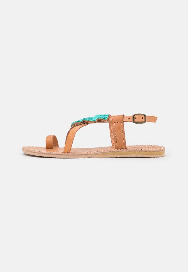 ICINI FLAT - Flip Flops - emerald