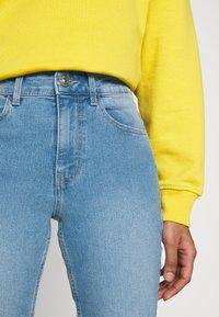 Pieces - PCPEGGY - Jeans Skinny Fit - light blue denim - 3