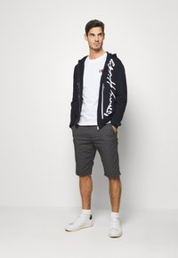 Tommy Hilfiger - SIGNATURE HOODED ZIP THROUGH - Mikina na zip - blue - 1