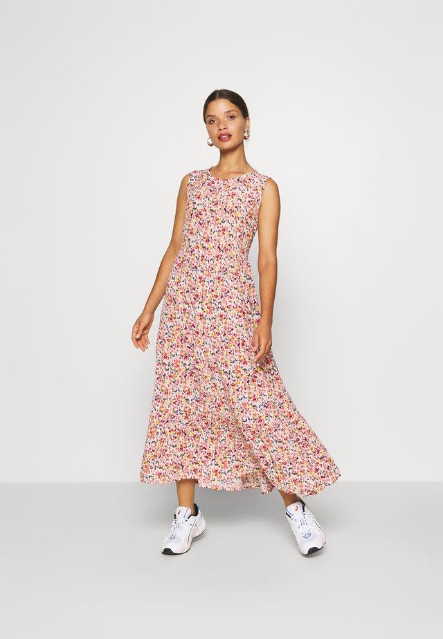 PCMAYRIN DRESS - Vestito estivo - misty rose