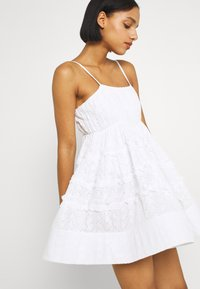 Lace & Beads - BETHAN MINI - Cocktail dress / Party dress - white - 3