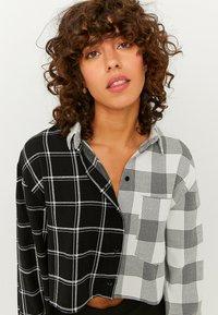 TALLY WEiJL - Button-down blouse - black - 1
