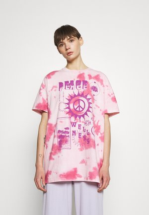 PEACE WELLNESS DAD TEE - Print T-shirt - pink