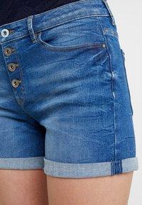 edc by Esprit - OCS MR - Denim shorts - blue medium wash - 3