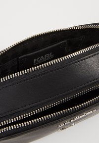 KARL LAGERFELD - IKONIK METAL PIN CAMERA BAG - Across body bag - black - 4