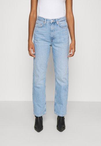 ROWE - Jeans Straight Leg - light blue moise