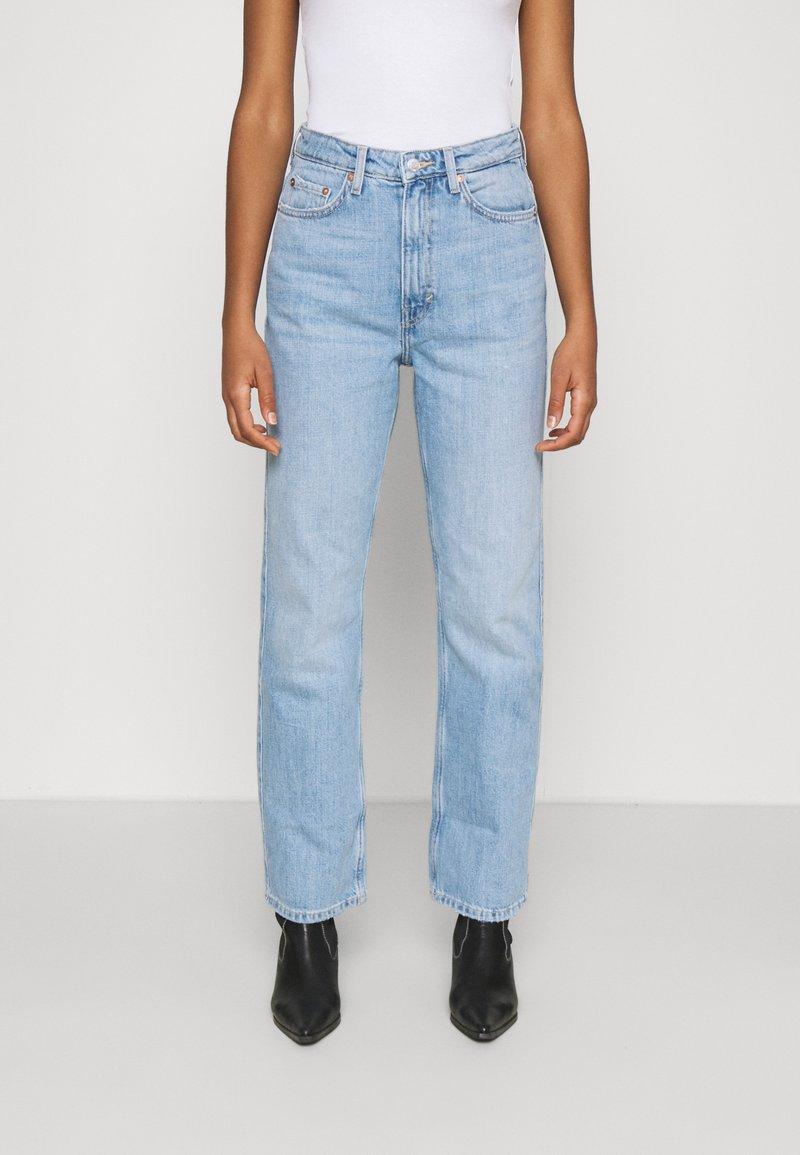 Weekday - ROWE - Jeans Straight Leg - light blue moise