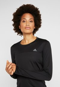adidas Performance - OWN THE RUN AEROREADY LONG SLEEVE T-SHIRT - Camiseta de deporte - black - 3