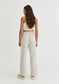 PULL&BEAR - Trousers - white - 2