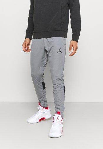 AIR PANT - Pantaloni sportivi - smoke grey/black