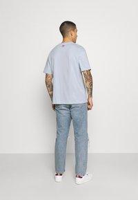 adidas Originals - TEE UNISEX - Print T-shirt - blue - 2