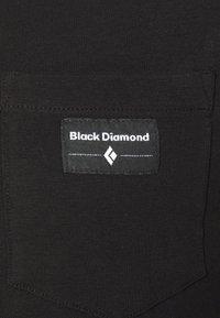 Black Diamond - POCKET LABEL TEE - T-shirts - black - 5