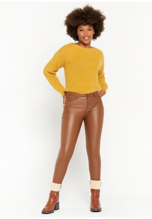 IN IMITATION LEATHER - Trousers - brown