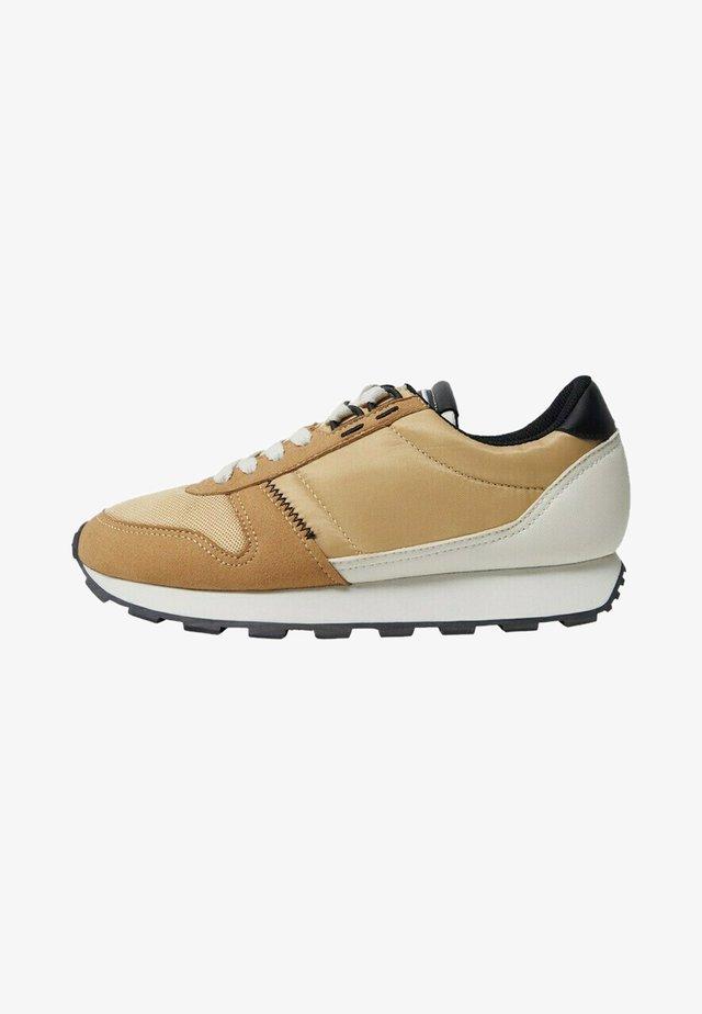 SALTA - Sneakers laag - oker