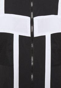 Puma - COURT SIDE - Chaqueta de entrenamiento - black - 2