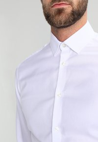 Selected Homme - SLHSLIMNEW MARK - Camicia elegante - bright white - 3