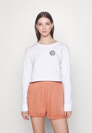 TEE FEMME - Camiseta de manga larga - white