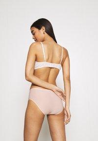Chantelle - SOFTSTRETCH SHORTY - Culotte - soft pink - 2