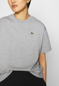 Lacoste LIVE - T-shirt print - heather wall chine - 3