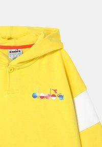 Diadora - HOODIE CLUB UNISEX - Zip-up hoodie - celandine - 2