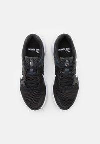 Nike Performance - RUN SWIFT 2 - Obuwie do biegania treningowe - black/white/dark smoke grey - 3