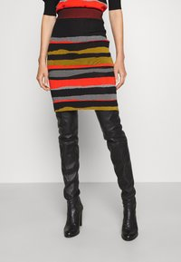 Diane von Furstenberg - SHIRA SKIRT - Mini skirt - black/red/grey - 0