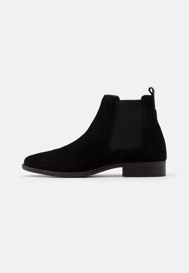 HARRINGTON CHELSEA BOOTS - Støvletter - black