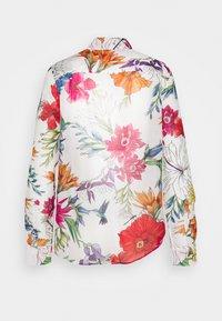 GANT - HUMMING FLORAL SHIRT - Button-down blouse - eggshell - 1
