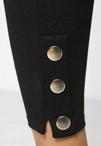 Evans - PONTE POPPER - Leggings - Trousers - black - 4