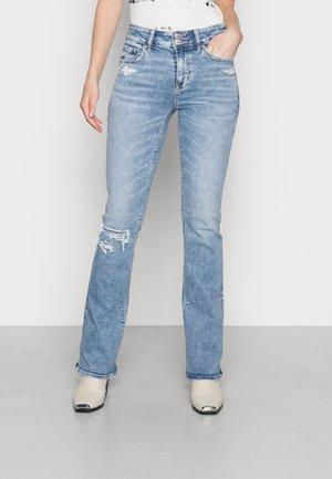 HI RISE ARTIST FLARE JEANS - Jeans a sigaretta - medium repair crackle