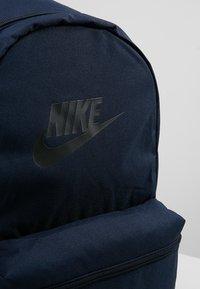 Nike Sportswear - HERITAGE - Rucksack - obsidian/black - 7