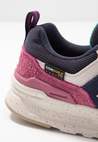 New Balance - CW997 - Sneakers - navy - 2