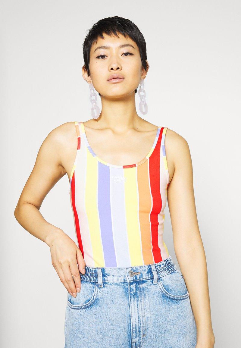 Nike Sportswear - RETRO FEMME BODYSUIT - Top - white