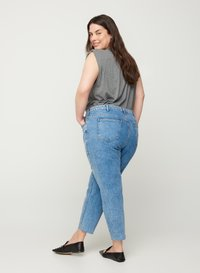 Zizzi - Relaxed fit jeans - light blue - 1