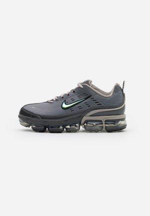 AIR VAPORMAX 360 - Sneakers - iron grey/enigma stone/metallic cool grey/black/anthracite
