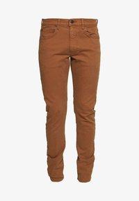 LUKE - Slim fit jeans - toffee
