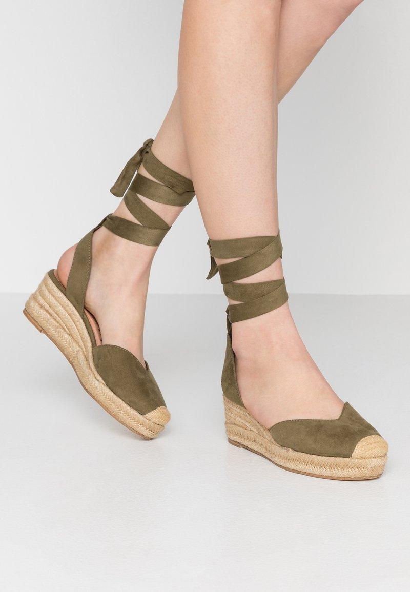 Tamaris - Platform sandals - khaki